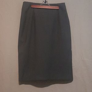 2/$25 Ellen Tracy charcoal straight skirt